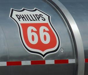 03101_Phillips66TankLogo